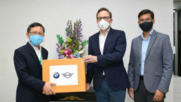 BMW Thailand ร่วมต้านโควิด-19 บริจาคหน้ากากอนามัย