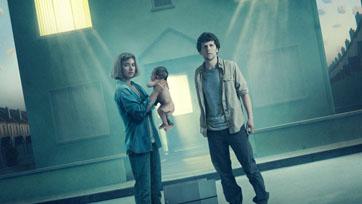 เจสซี่ ไอเซนเบิร์ก กับบ้านหลังใหม่ในหนังระทึกขวัญไซไฟคอนเซ็ปต์สุดล้ำ VIVARIUM หมู่บ้านวิวา(ห์)เรียม