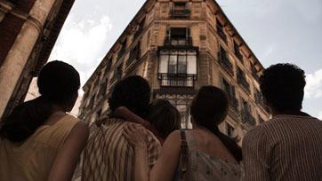 """หนังผีสเปนขึ้นชื่อว่า ดุ แปลกไม่ธรรมดา! เตรียมพบกับ """"32 มาลาซานญ่า ย่านผีอยู่"""""""