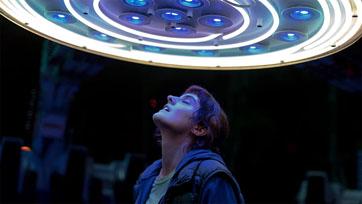 จะเกิดอะไรขึ้น ถ้า คน เกิดตกหลุมรัก เครื่องเล่น ในสวนสนุก ใน JUMBO รักฉันมันจัมโบ้