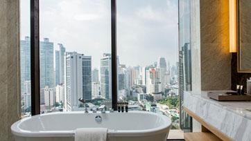 สัมผัสความงดงามของมหานครกรุงเทพฯ : Compass SkyView Hotel | Issue 134