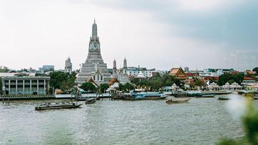 The Best Romantic Hotels  in Bangkok City : Riva Arun Bangkok | Issue 135