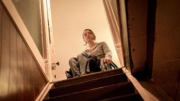 """""""เคียร่า อัลเลน"""" นักแสดงนำหญิงผู้พิการจริงคนแรกในรอบ 70 ปี! พร้อมหนีตาย ใน """"Run มัมอำมหิต"""""""