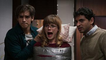 """หนังซอมบี้เพี้ยนสุดแห่งจักรวาลพร้อมอาละวาด """"Office Uprisingออฟฟิศป่วนซอมบี้คลั่ง"""""""