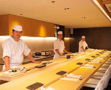 ลิ้มรสอาหารญี่ปุ่นในสไตล์โอมากาเสะ