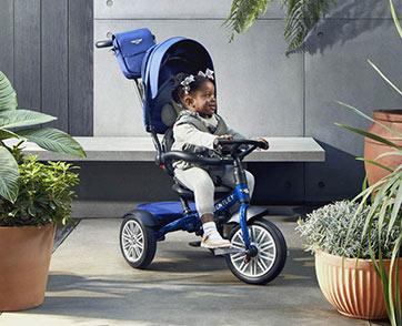 เบนท์ลีย์ แบงค็อกรุกตลาดฟันน้ำนม เปิดตัวรถเข็นเด็ก-จักรยานจิ๋ว