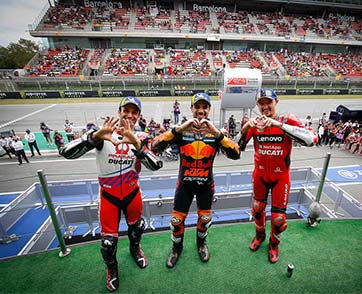 Oliveira plays his cards to perfection to put KTM back on top in Barcelona