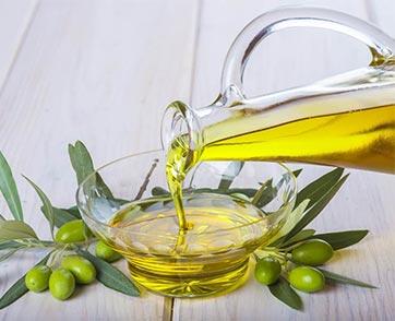 น้ำมันมะกอก ทางเลือกเพื่อสุขภาพสำหรับทุกวัย ที่ใครๆ ก็แนะนำ