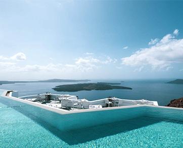 อโกด้า พาดูสระว่ายน้ำวิวสวย โลเคชั่นดีของ 6 โรงแรมหรูทั่วโลก