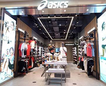 ASICS STORE แฟชั่นไอส์แลนด์ สาขาใหม่ล่าสุด พร้อมสินค้าสายสปอร์ตมากมายให้ได้ช้อปอย่างจุใจ
