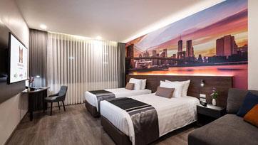 แมนฮัตตัน โรงแรมสัญชาติไทย เตรียมฉลองครบรอบ 55 ปี ปรับโฉมครั้งใหญ่ พร้อมให้บริการเต็มรูปแบบต้นปี 63